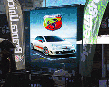 Pantalla-led-fiat-carreras-santafe